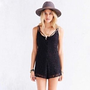 New Urban Outfitters Kimchi Blue Lace Romper M